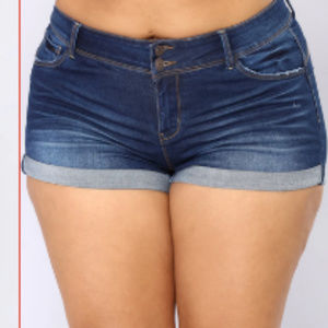 Fashion Nova Booty Lifting Shorts - Dark Wash